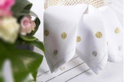 Tourbillon Embroidered Placemat & Napkin Set