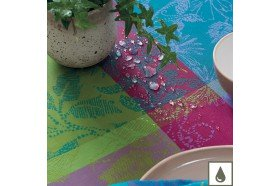 Mille Fiori Feuillage French Table Runner by Garnier-Thiebaut