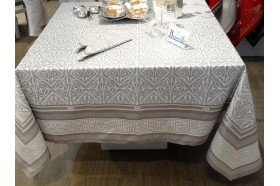 Victoria luxury French silver tablecloth by Beauvillé