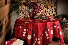 L'Hiver Winter Joy Red Tablecloth