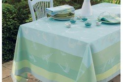 Envolee Brume tablecloths and table linen by Garnier-Thiebaut