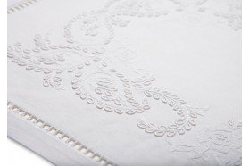 Cashmere Embroidered Tablecloth