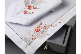 Arbouse Embroidered Placemat & Napkin Set