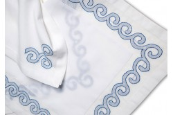 Grand Large Embroidered Placemat & Napkin Set