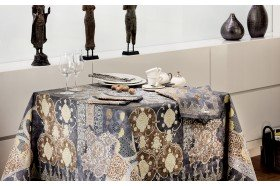 Rialto tablecloth by Beauvillé