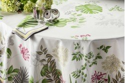 French luxury tablecloth with agapanthus flowers by Beauvillé