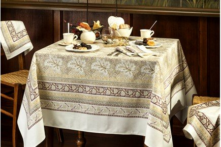Vine Leaf Beige Feuilles de vigne French luxury Tablecloth by Beauvillé
