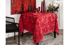 Diner en Ville Garnet Tablecloth