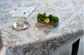 Topkapi French luxury tablecloth by Beauvillé